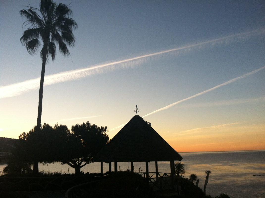 There Is Nothing Better Than Watching The Sun Set Over Pacific Ocean In Laguna Beach This Gazebo Heisler Park Where You Can Get A Wedding